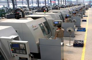 纺织机械\n纺织机械就是把天然纤维或化学纤维加工成为纺织品所需要的各种机械设备。